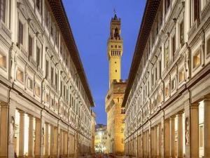 Apertura serale Galleria degli Uffizi e Galleria dell'Accademia
