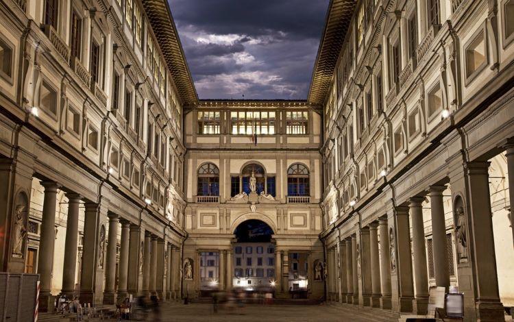 Galleria degli Uffizi e Corridoio Vasariano